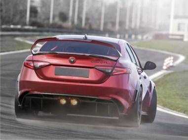 Photos Alfa Romeo Giulia GTA et GTAm 2020 arrire Žchappement akrapovic