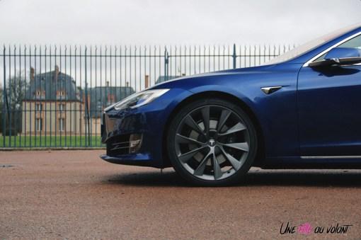 Photos essai Tesla Model S Grande Autonomie 2020 profil jantes noires 21 pouces