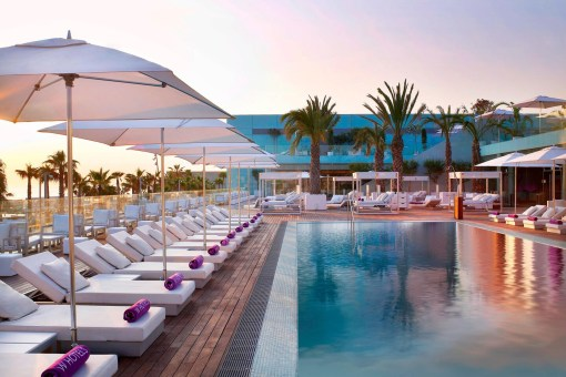 Photos hotel W Barcelona piscine transat