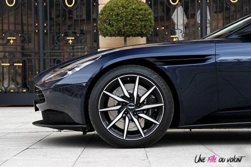 Photos essai Aston Martin DB11 jantes 20 pouces