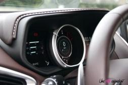 Photos essai Aston Martin DB11 combinŽ numŽrique