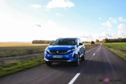 Photo Peugeot 3008 restylée bleu vertigo