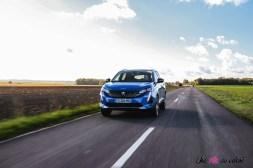 Photo SUV Peugeot 3008 restylée HYbrid4 300 ch