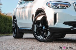 Photo jantes BMW iX3 2020