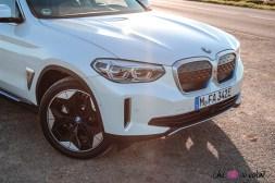Photo capot BMW iX3 2020