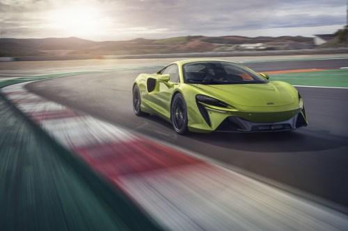 Photo avant McLaren Artura 2021