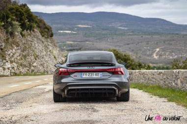Photo arrière Audi RS e-tron GT gris daytona métallisé 2021