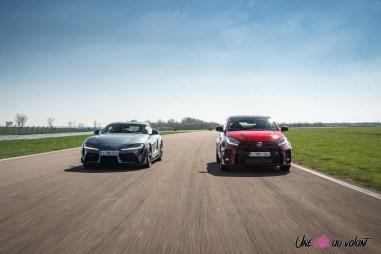 Photo face avant comparatif Toyota GR Yaris et Toyota GR Supra 2021