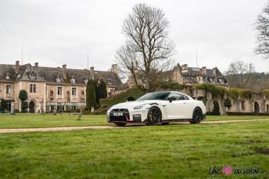 Photo Nissan GT-R Nismo blanc 2021