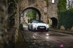 Photo Nissan GT-R Nismo blanc lunaire 2021