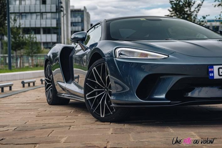 Photo détail avant McLaren GT 2021
