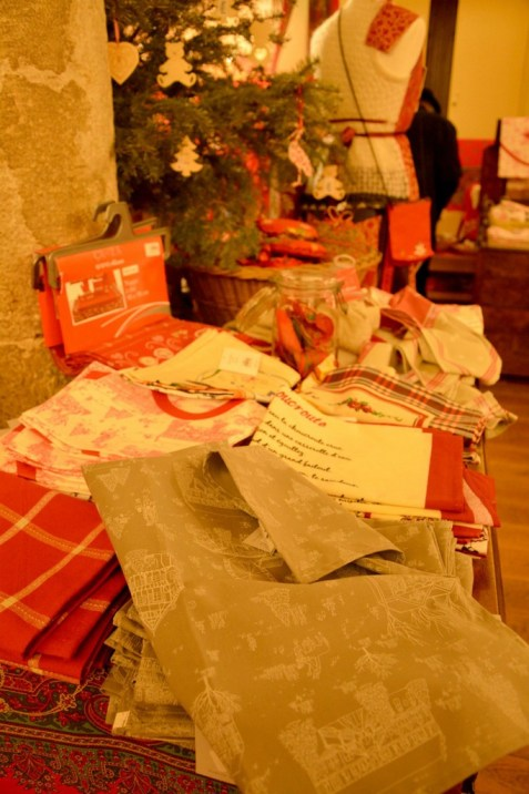Etofféeries Noël à Mulhouse - Photo Céline Schnell Une Fille En Alsace