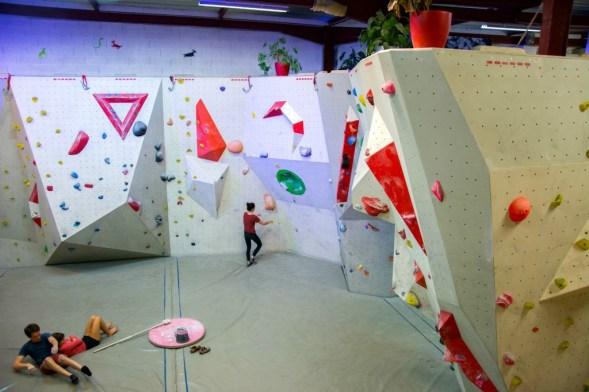 Salle d'escalade de bloc Hueco - Strasbourg