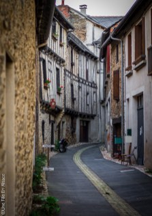 Naucelle Segala Aveyron - Photo Céline Schnell Une Fille En Alsace