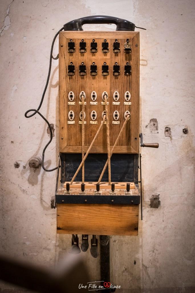 téléphone au fort-de-mutzig©Celine-Schnell-Une-Fille-En-Alsace-2019