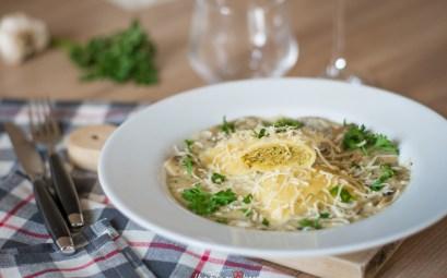 raviole-legume-traiteur-schneider-sauce-champignons©Celine-Schnell-Une-Fille-En-Alsace-2019