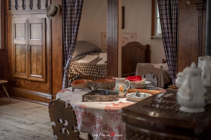 la-stub-maison-rurale de-loutre-foret-kutzenhausen@Céline-Schnell-Une-Fille-En-Alsace-2020