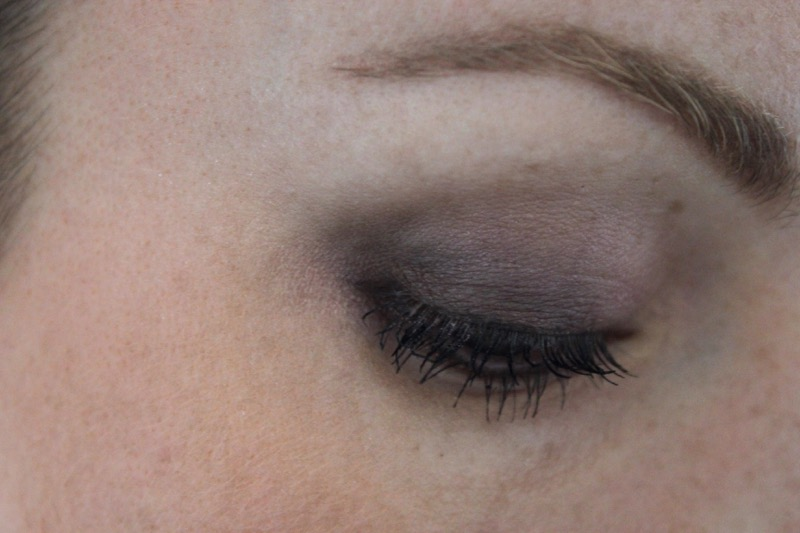 fard-rose-noir
