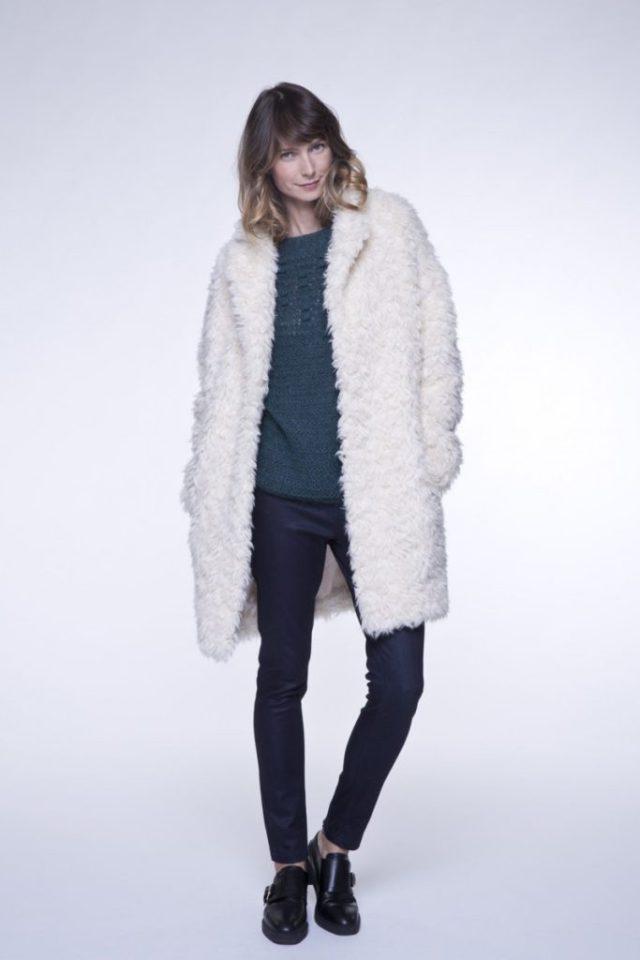 le-manteau-long-en-fausse-fourrure-2