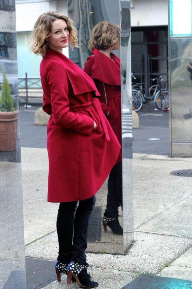 manteau-rouge-grossesse