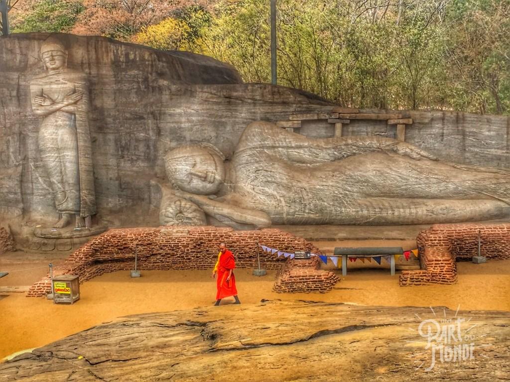 bouddha-couche-polunnaruwa
