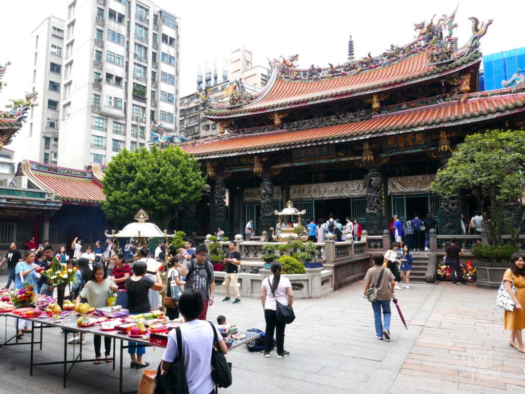 Taipei longsham temple