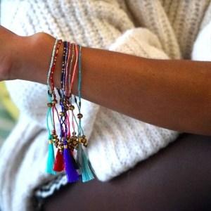 bracelet indonésie pompon