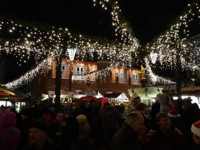 Kerstlichtjes op Weihnachtsmarkt Goslar