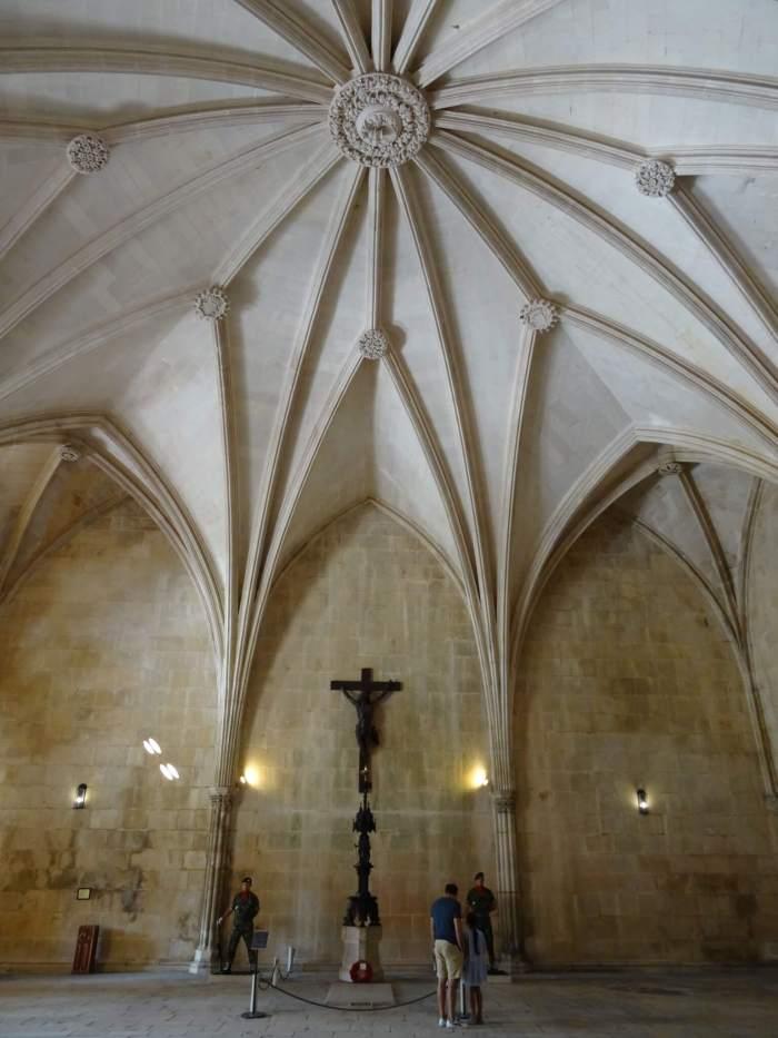 Graf van onbekende soldaat in klooster Batalha