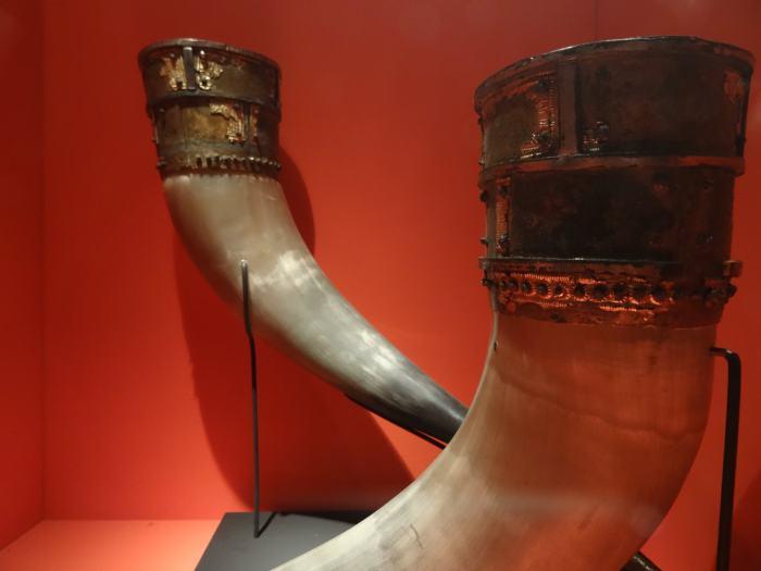Vikinghoorns die werden gebruikt om uit te drinken
