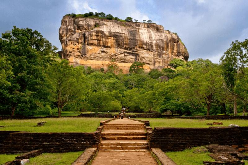 Leeuwenrots in Sigiruya