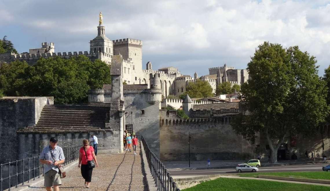 Met de paus in Avignon ging het van kwaad tot nóg erger
