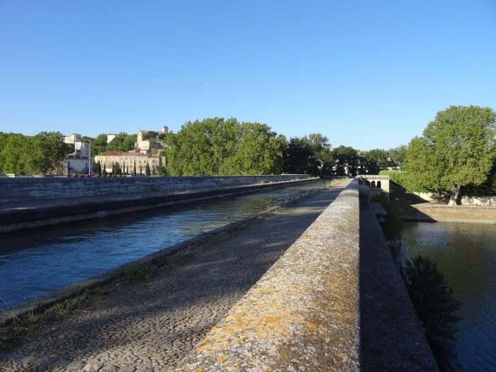 Een kruising van waterwegen op het Canal du Midi