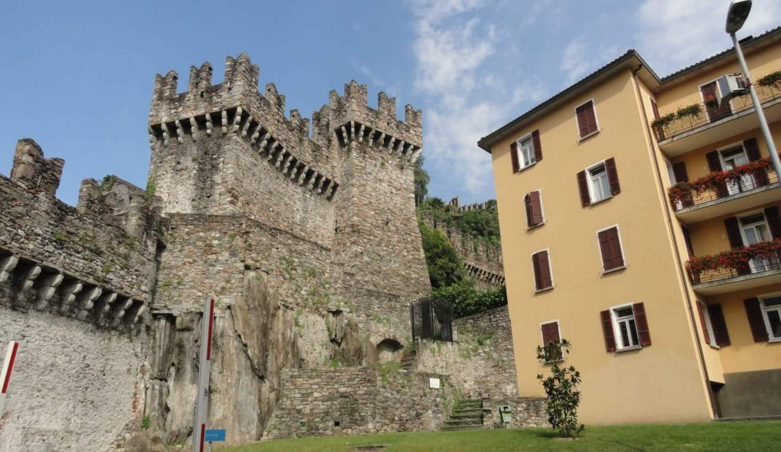 Italiaans gedoe rondom Zwitserse kastelen van Bellinzona