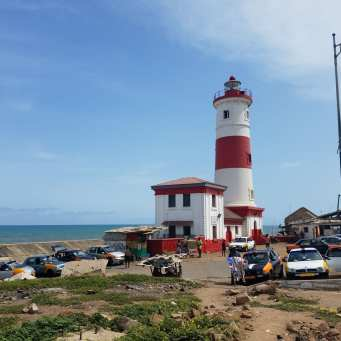 The Jamestown lighthouse sits in the colonial district of Accra, still known as Jamestown today (Alec Cowan/Crossings Institute).