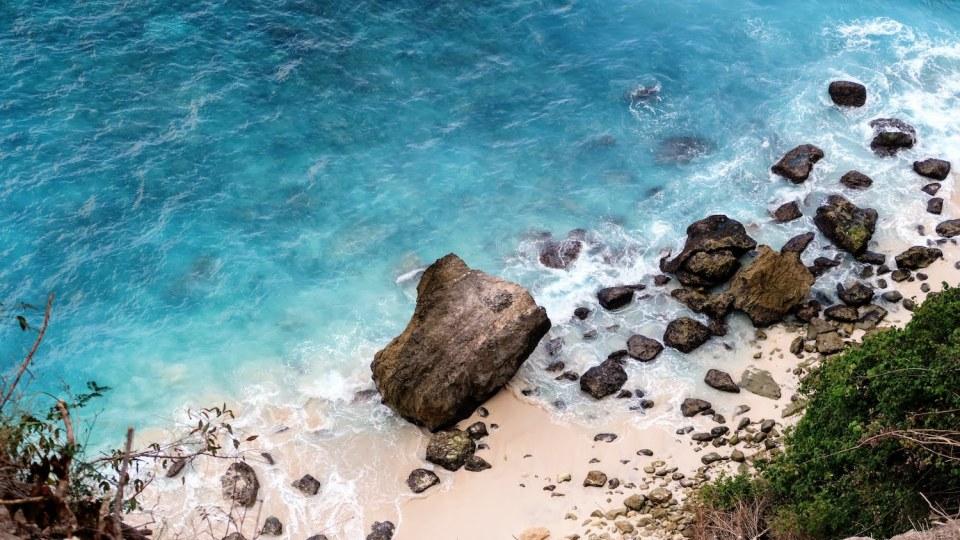 Plage de Suwehan Beach à Nusa Penida, Bali