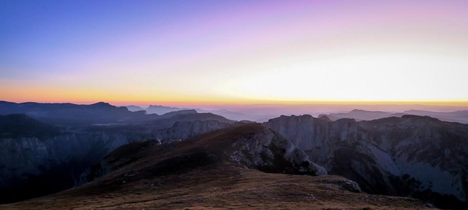 Lever de soleil au sommet du Mont Aiguille