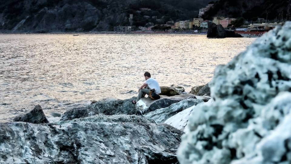 Sur la jetée de Monterroso (Cinque Terre) au coucher du soleil