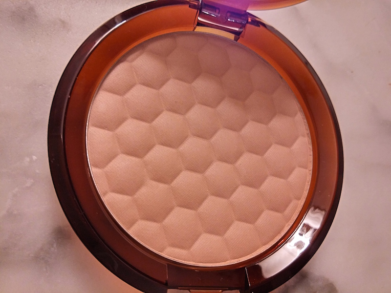The Body Shop Honey Bronze™ Bronzing Powder