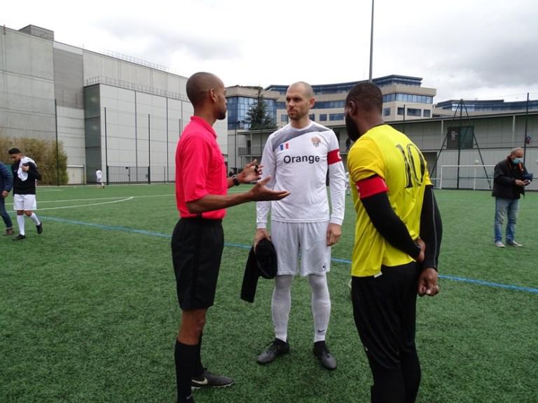 Entretien avec un arbitre : Leeroy MASELE MUKONGA