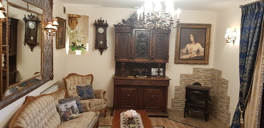 Amazing decor inside Duke apartment