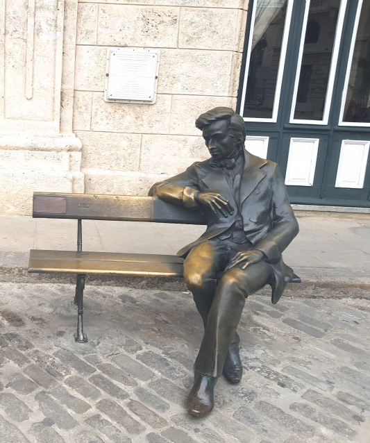 Chopin statue on San Fransisco de Asis Square