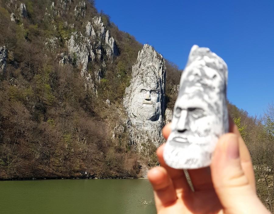Rock sculpture of Decebalus and our souvenir