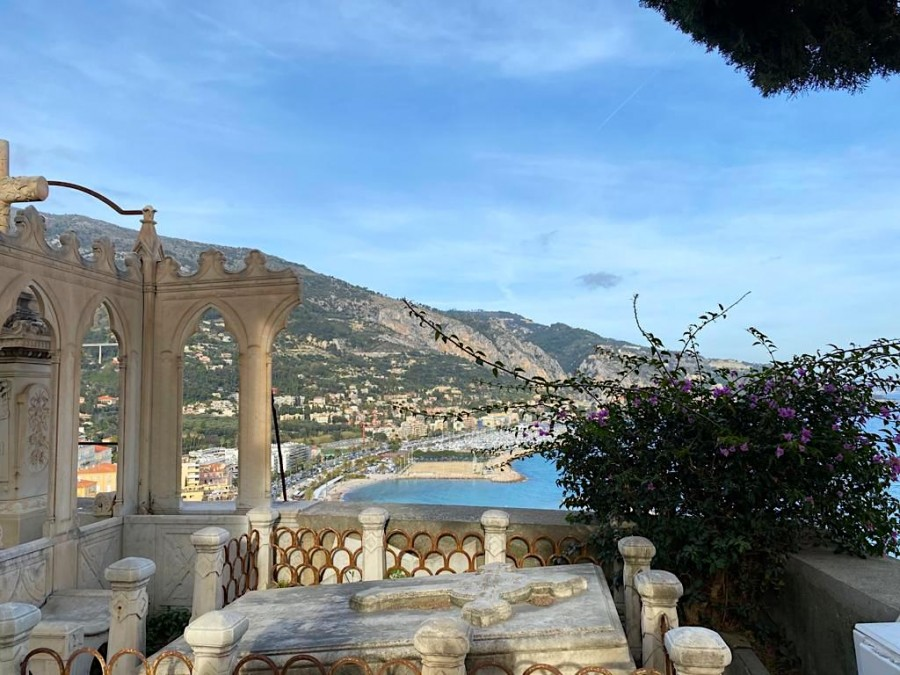 Viewpoint in Menton cemetry