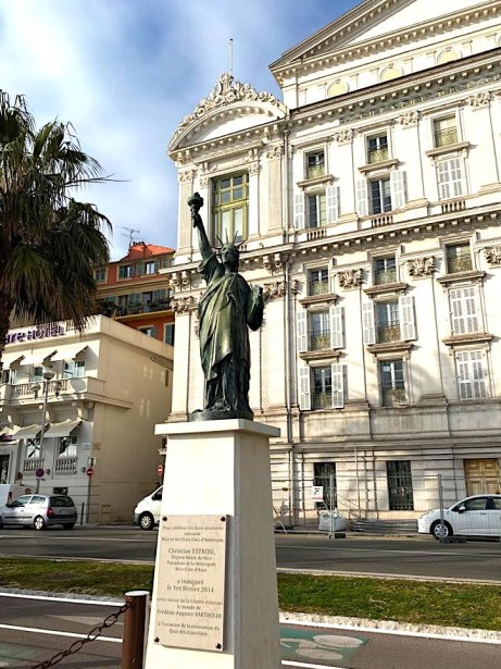 Tribute to the Statue of Liberty in Nice