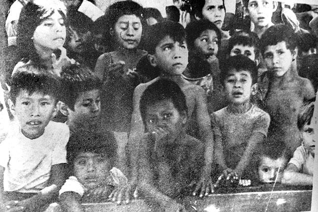 """Photos like these were published in national newspapers. The photos allowed lawyers to justify the """"abandonment"""" of minors before a judge who endorsed the custody of minors by third parties. Photo: El Salvador Human Rights Commission"""
