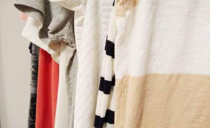 cute mom outfit closet