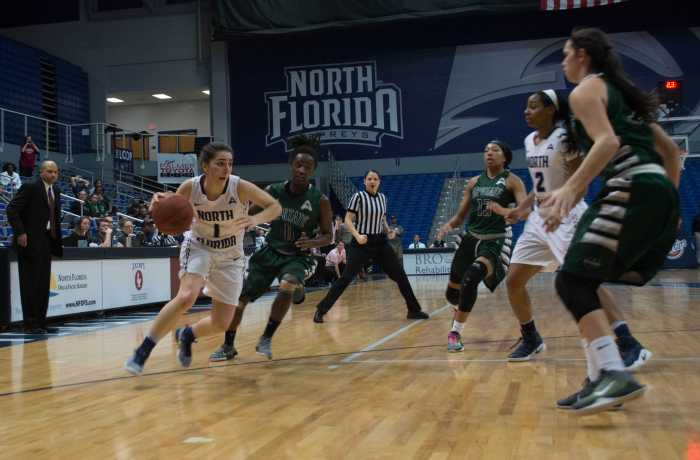 Women's basketball takes a nail-biting victory over USC Upstate