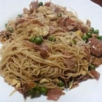 Spaghetti di riso alla cantonese