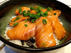 Salmon Rice Bowl with Soy-Wasabi Sauce (Sake-Don)